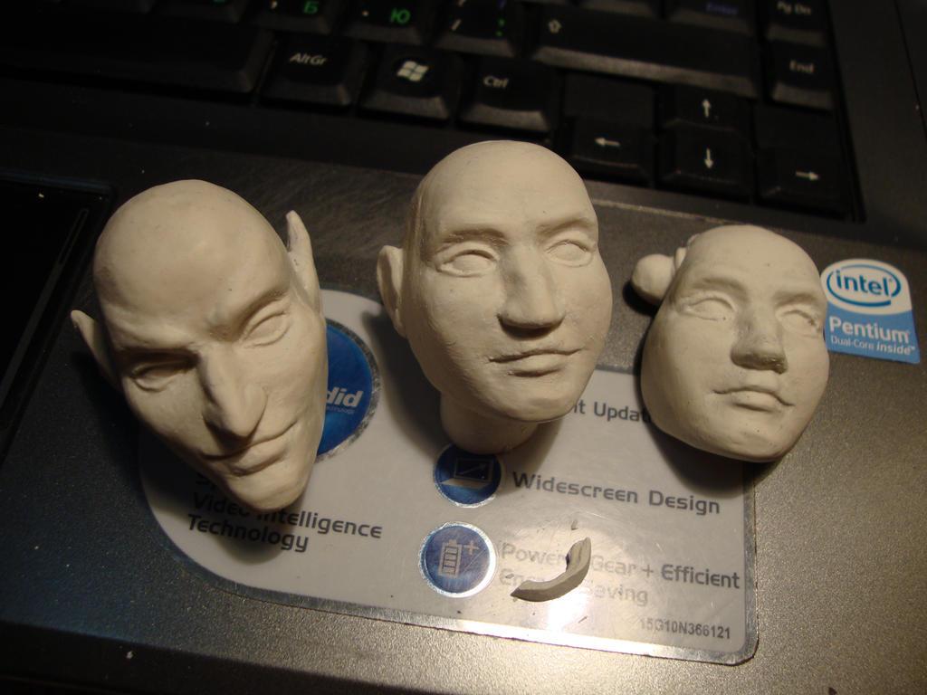 head cast porcelain by Ludishka