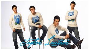 Taylor Lautner 02