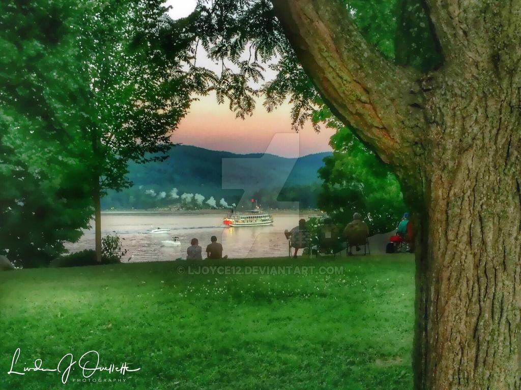 Summer in Shepard Park by Ljoyce12