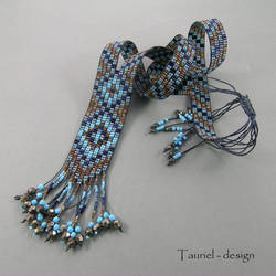 Loomwork necklace in brown, blue and dark blue