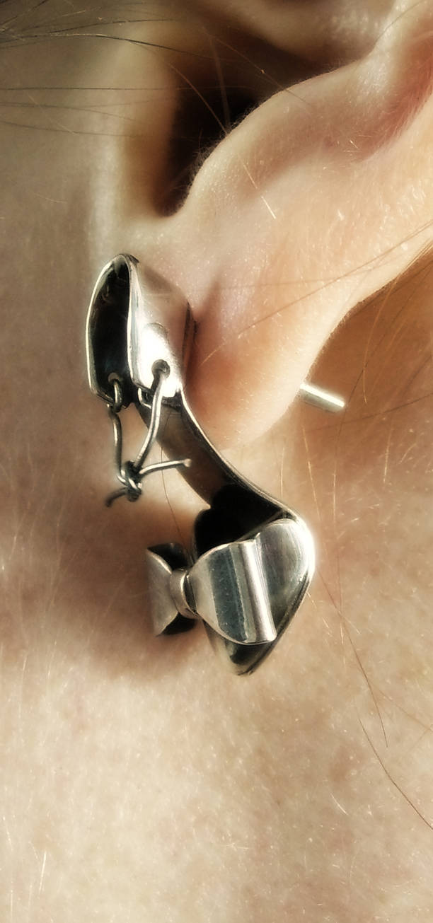 Shoe Fetish Earring worn by fairyfrog