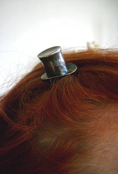 A Lady for her Hat closeup