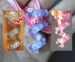 Pink Chameleon squiggle glass pendant