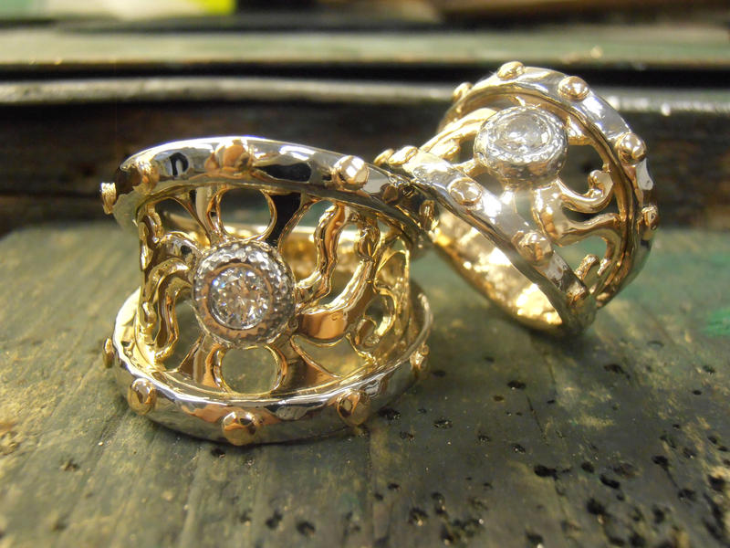 Knight and Dame gold wedding rings by fairyfrog