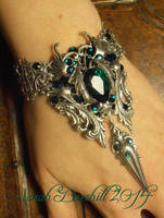 Emerald Dreams - Bracelet by fairyfrog