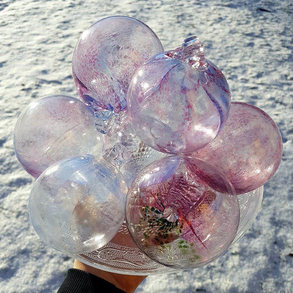Dream bauble by fairyfrog