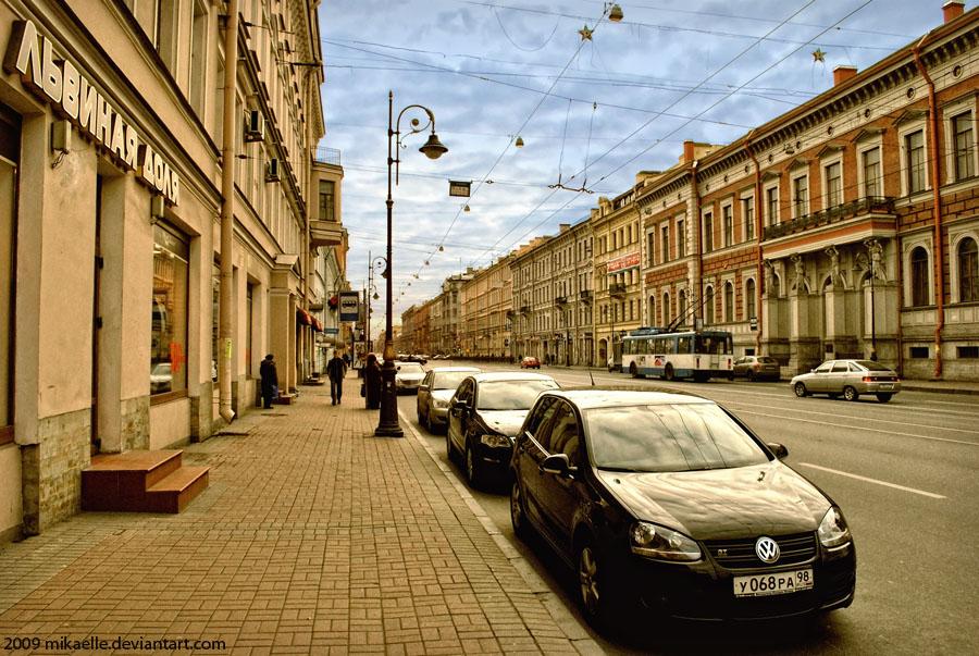 http://fc00.deviantart.net/fs51/f/2009/335/8/f/Saint_Petersburg_by_Mikaelle.jpg