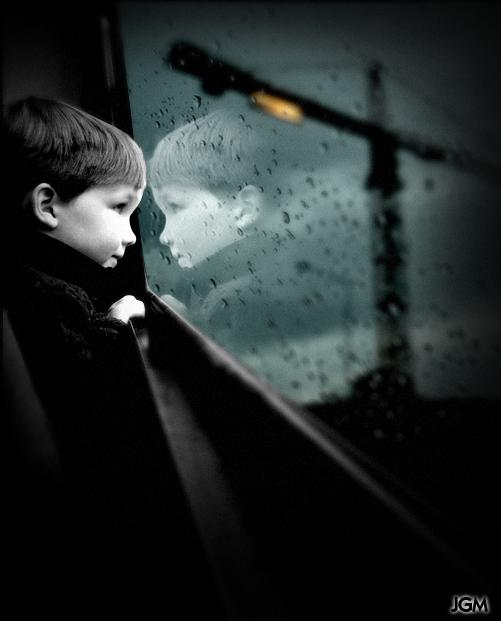 Bus window in my mind