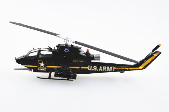 """Easy Model 36900 AH-1F/""""Sky Soldiers/""""aerial display team in 1:72"""