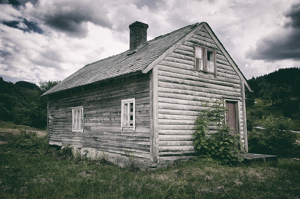 Abandoned House 0001 by Ceekay666