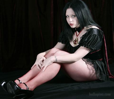 Vampyr by deannadeadly