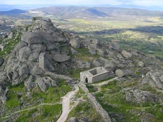 Monsanto - castle ruins by brgs
