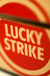 iPhone WP - Lucky Strike