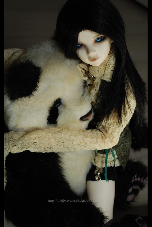hug the panda -1 by BelialsChoice