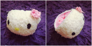(For Sale) Hello Kitty Coin Purse by judithchen