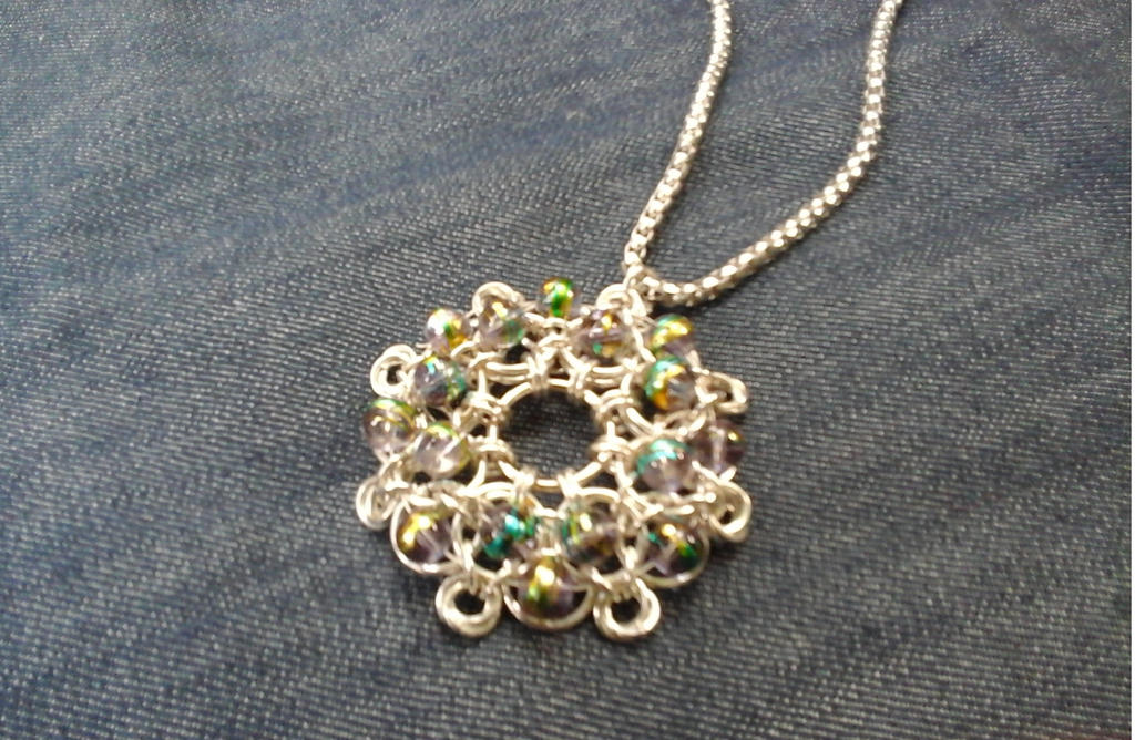 Chainmaille pendant by Julia-EVS