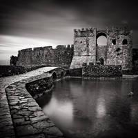 Castle Walls by kpavlis
