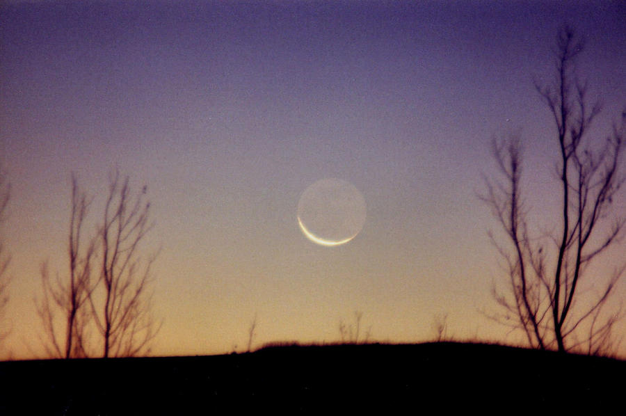 Ghost Moon by Nightwalker50