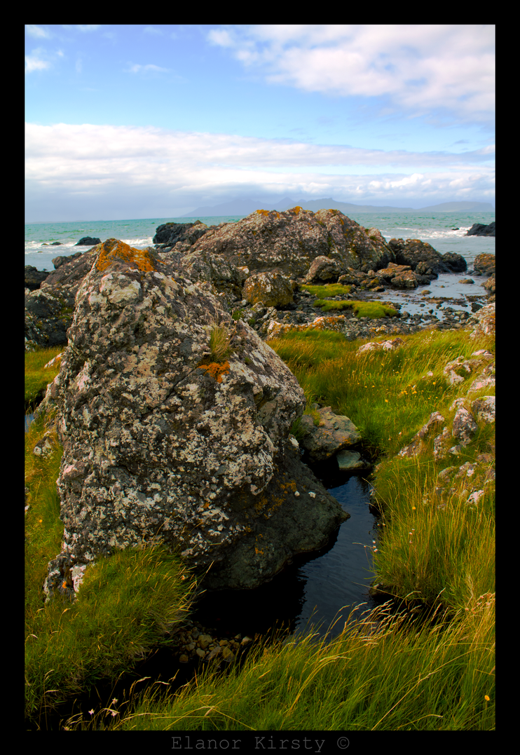 Grass, sea and sky by elanor-tea