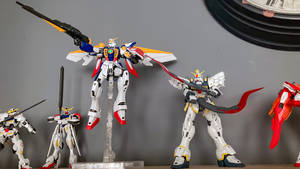 Wing Gundam and Sandrock side by side