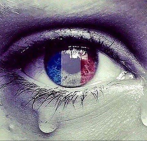 Paris by Imageshr