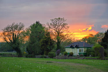 Sunset Cottage. by F-art-Photography