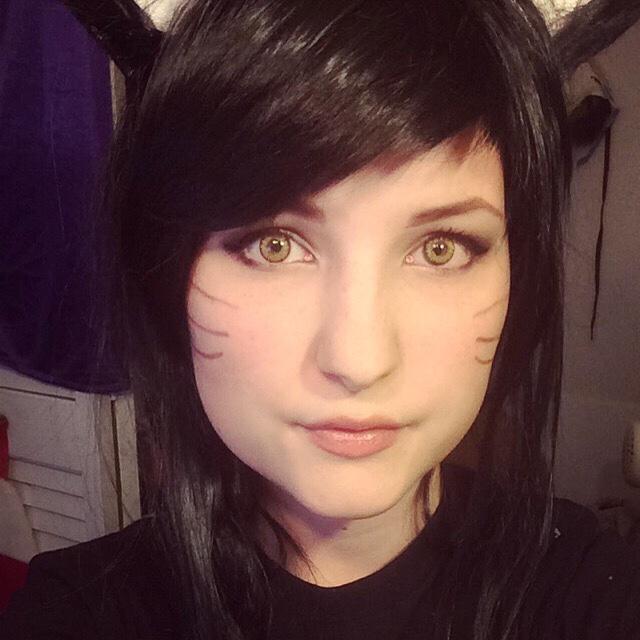 League of Legends: Ahri makeup test by iMMuhUnic0rn