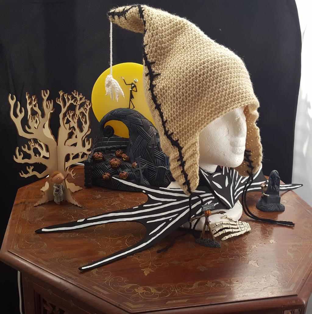 Oogey Boogey Hat Crochet Pattern by CreativeExcess