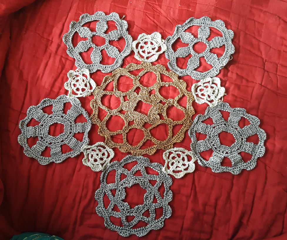 Clockwork Shawl WIP by CreativeExcess