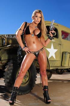 Actiongirl Valerie