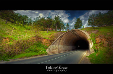 Tunnel HDR by kris-bt
