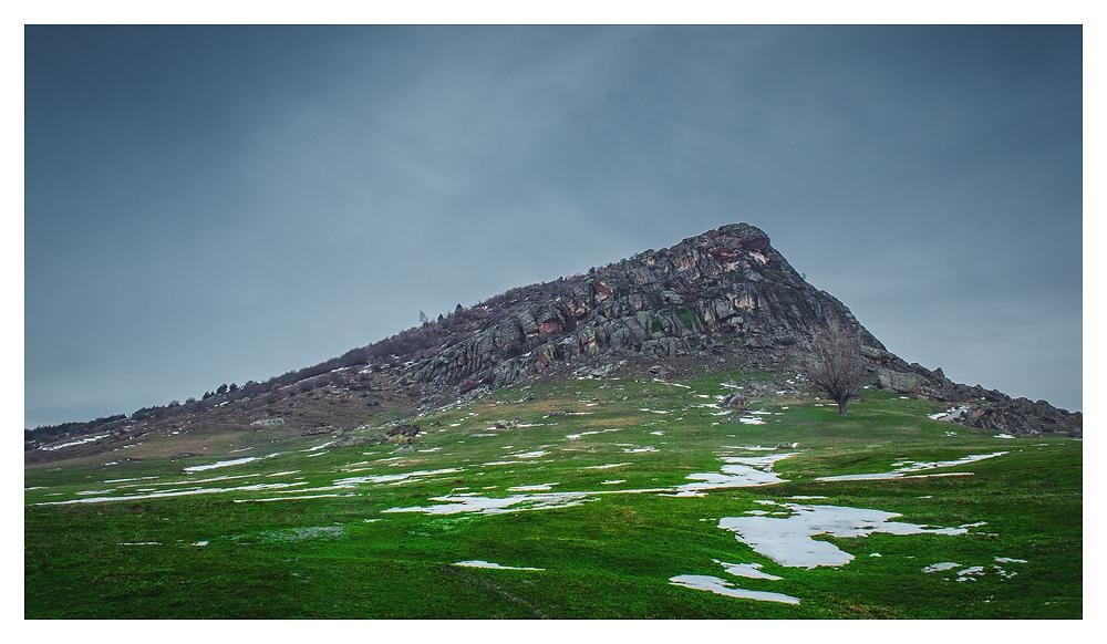 Stavica Hill by kris-bt
