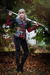 Ciri as a Nilfgaardian Empress - cosplay by Juriet