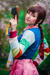 Let's shoot for a new high score! D.Va cosplay by Juriet