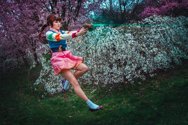 Activating self-destruct sequence! D.Va cosplay by Juriet