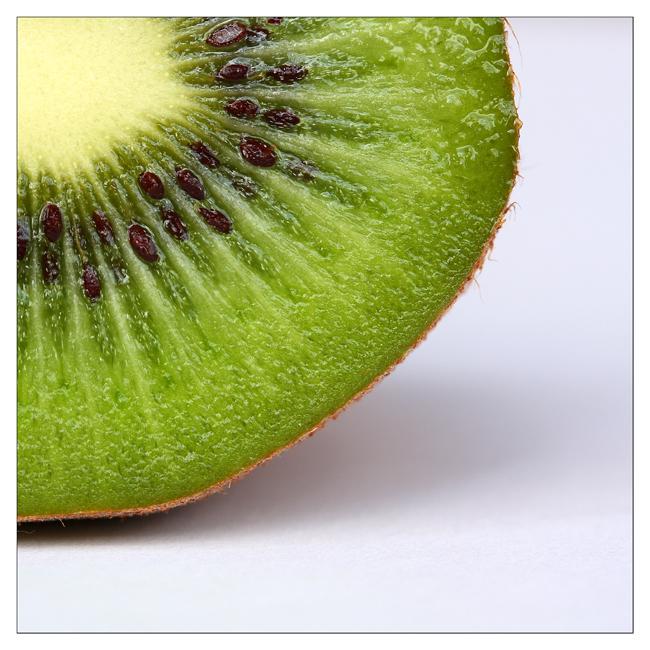 Kiwi by devknu