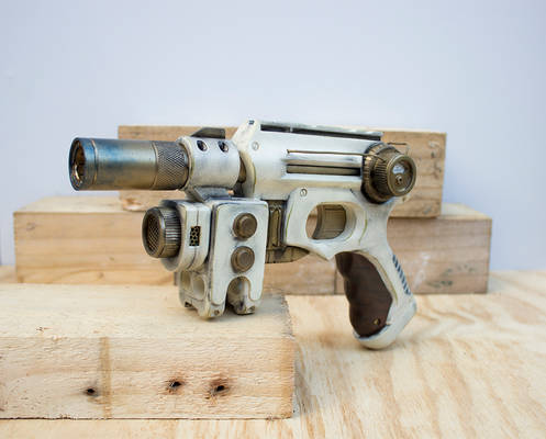 Imperial Guard Sidearm - Front - RoyalRange