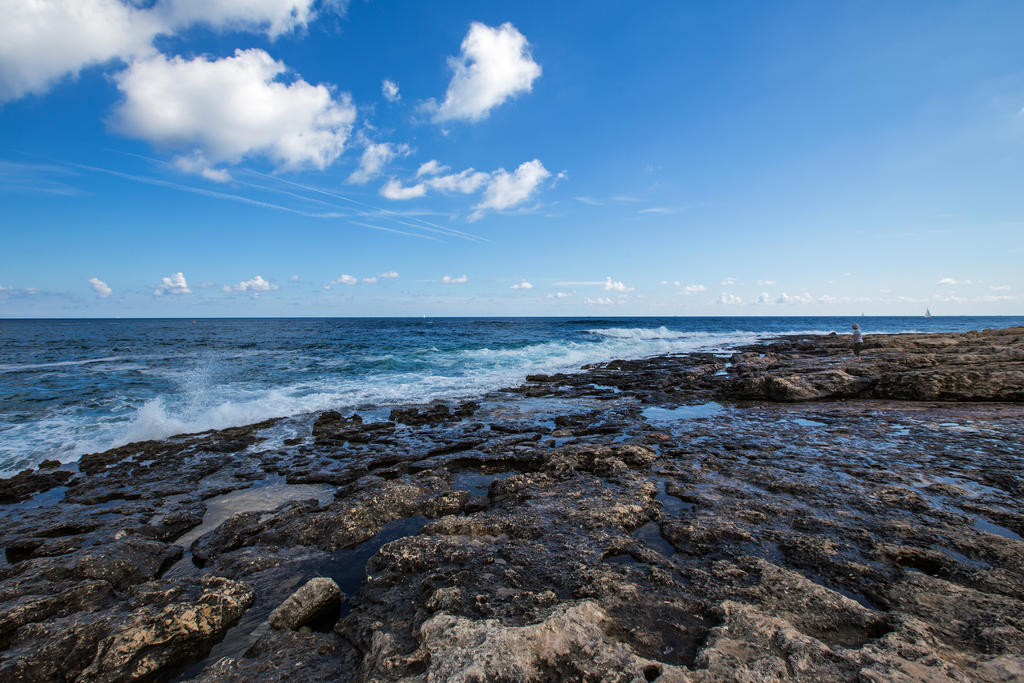 Down by the sea by attomanen