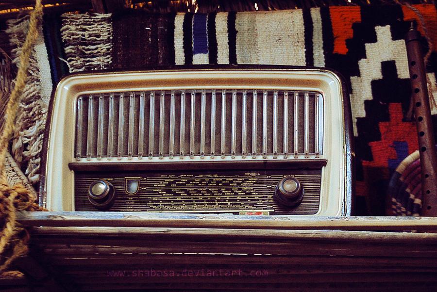 Vintage Radio by shabasa