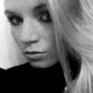 glassgirl16's Profile Picture