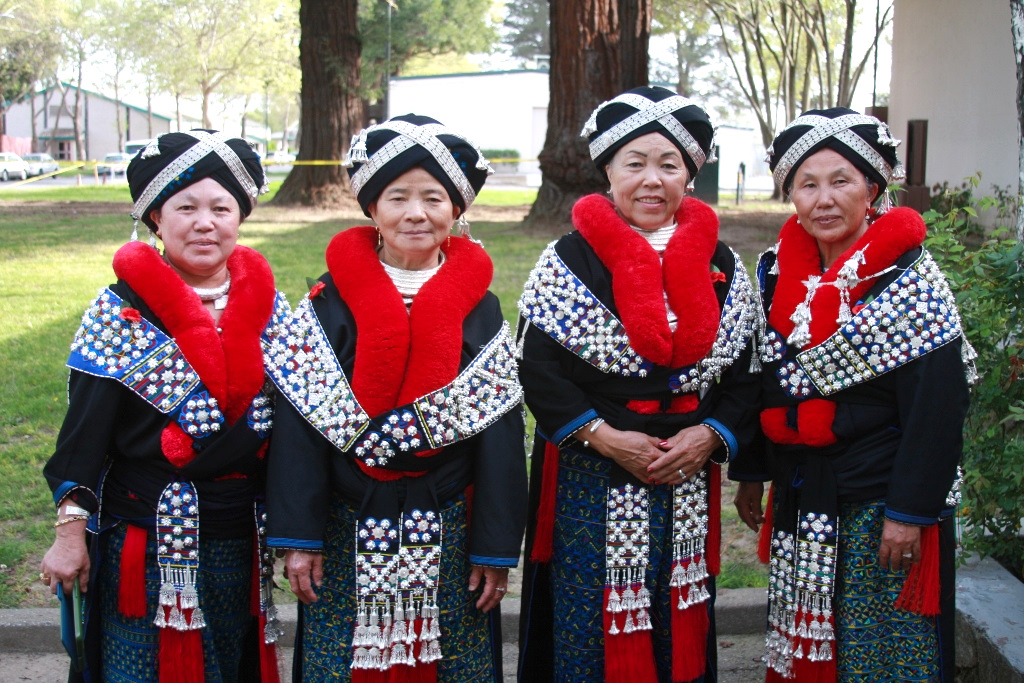 Traditional Clothing For Hmoung Women