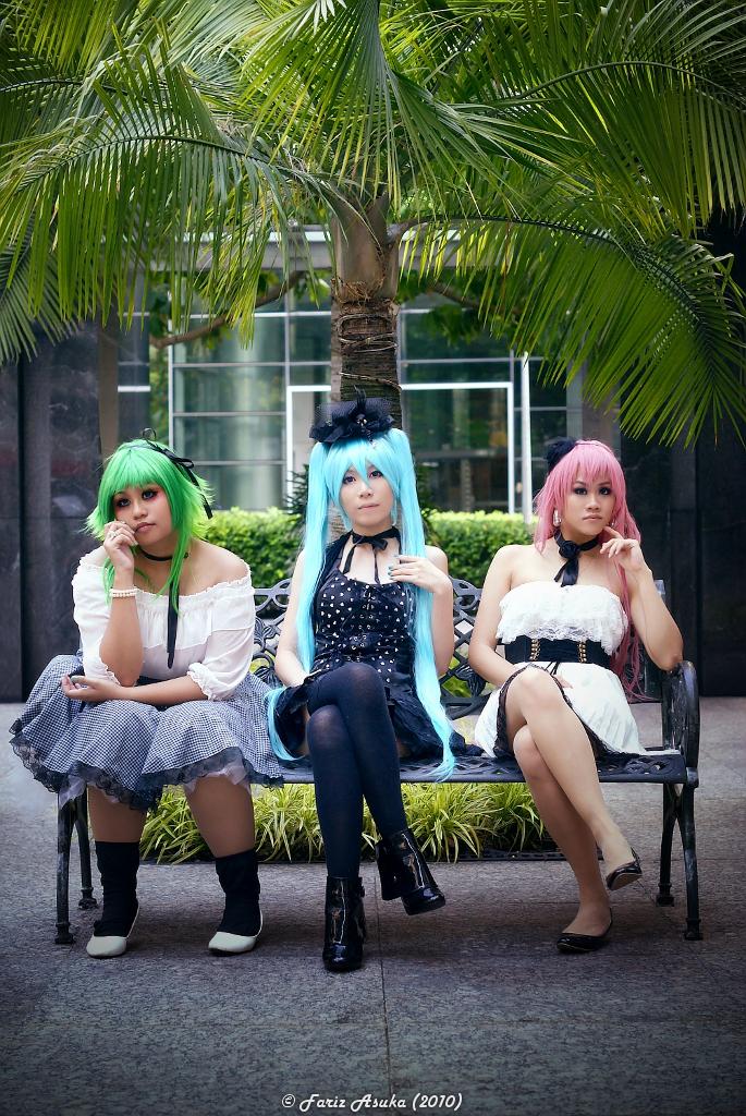 Vocaloid: Scandalous by farizasuka