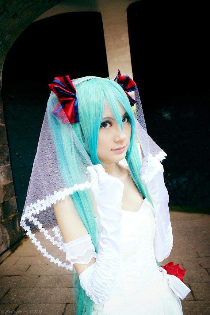 August's Bride - H. Miku: Unfading Memories by farizasuka