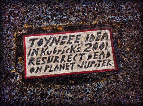 Toynbee Idea (9th and Market)