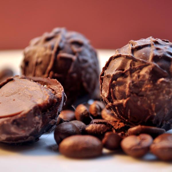 Dark chocolate by Justysiak