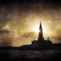 Hiding Sun by ArjenCalter