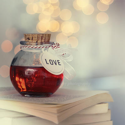 Love bottle by lieveheersbeestje