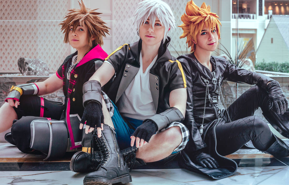 Kingdom Hearts- Hearts Unbound  by twinfools