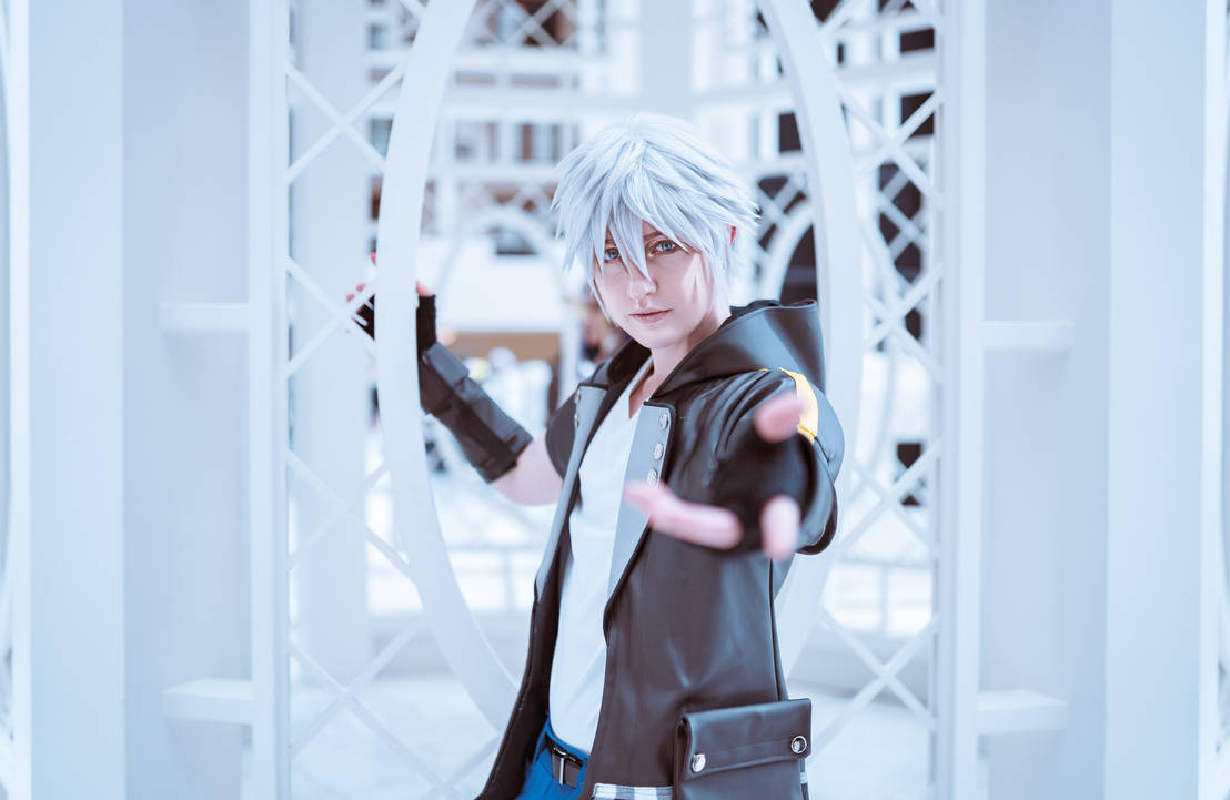 Riku- To the Edge of the World  by twinfools
