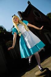 Mariri as Alice